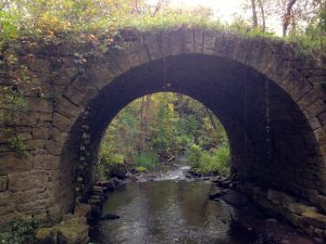 Karen Richman, Brown's Creek- Stone Arch Bridge (2014)